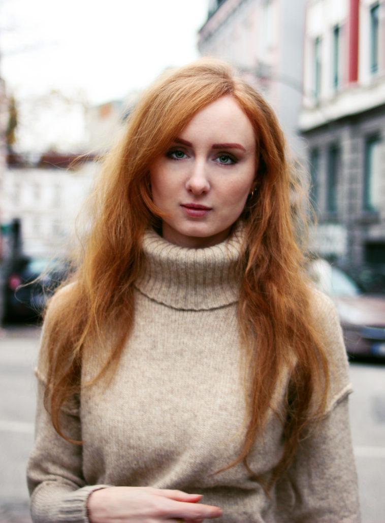 nehle model rote lange haare